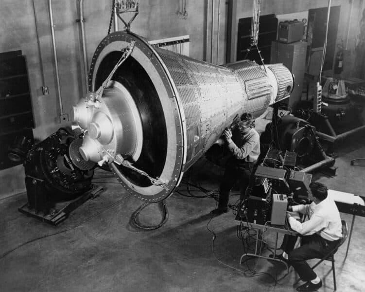 Mercury opsendelserne var USAs første bemandede og orbitale rumflyvninger.