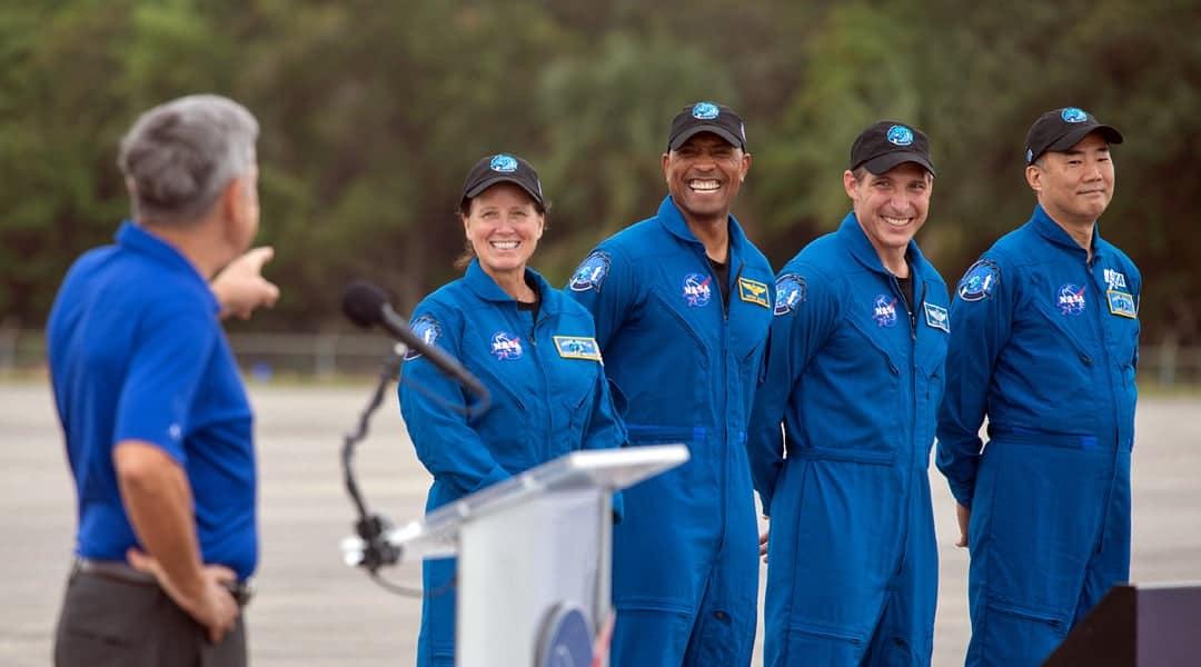 Fire astronauter opsendt til ISS - teknologikritik.dk
